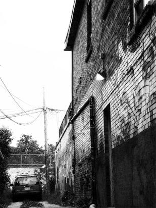 B@W Alley